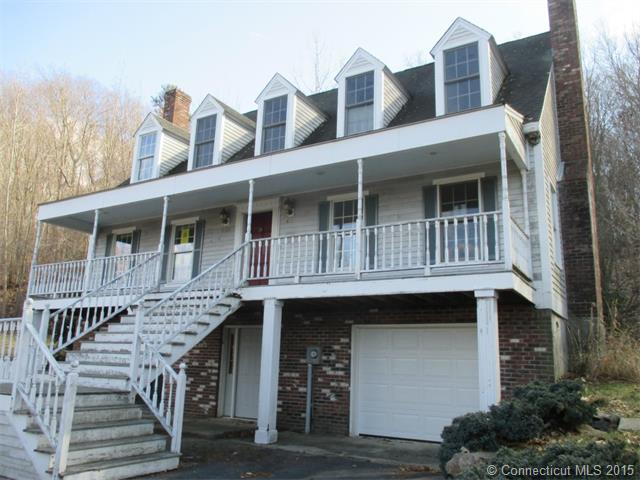 210 Leffingwell Rd, Uncasville, CT 06382