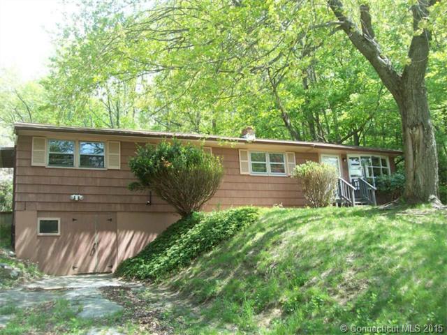1043 Route 171, Woodstock, CT 06281