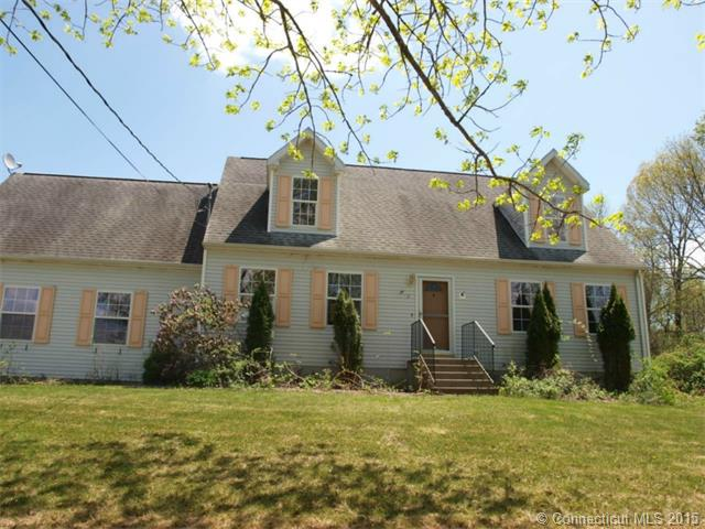 12 High Meadow Dr, Plainfield, CT 06374