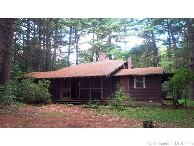 13 Riverview Ave, Griswold, CT 06351