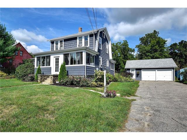 73 S Broad St, Pawcatuck, CT 06379