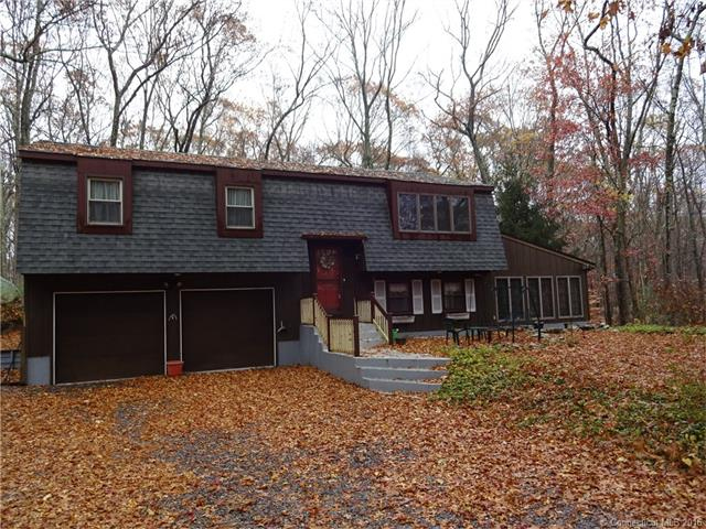 Photo of 10 Devonshire Dr  Ledyard  CT