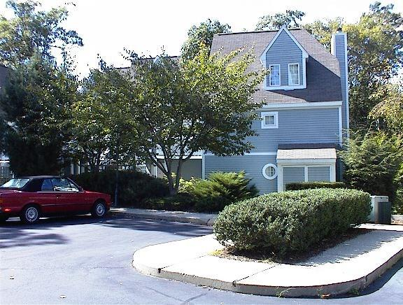 Photo of 824 Old Pond Ln  Norwich  CT