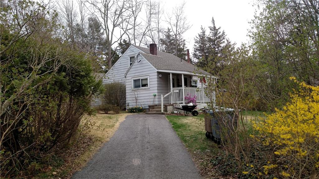 Photo of 69 Walnut Hill Road  East Lyme  CT