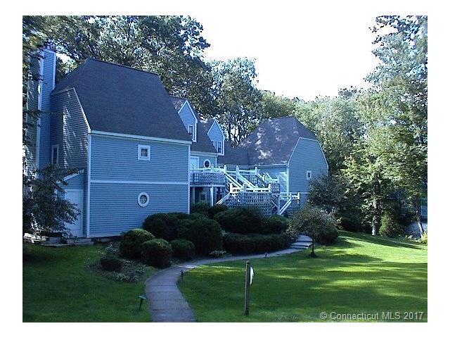 Photo of 1113 Old Pond Ln  Norwich  CT