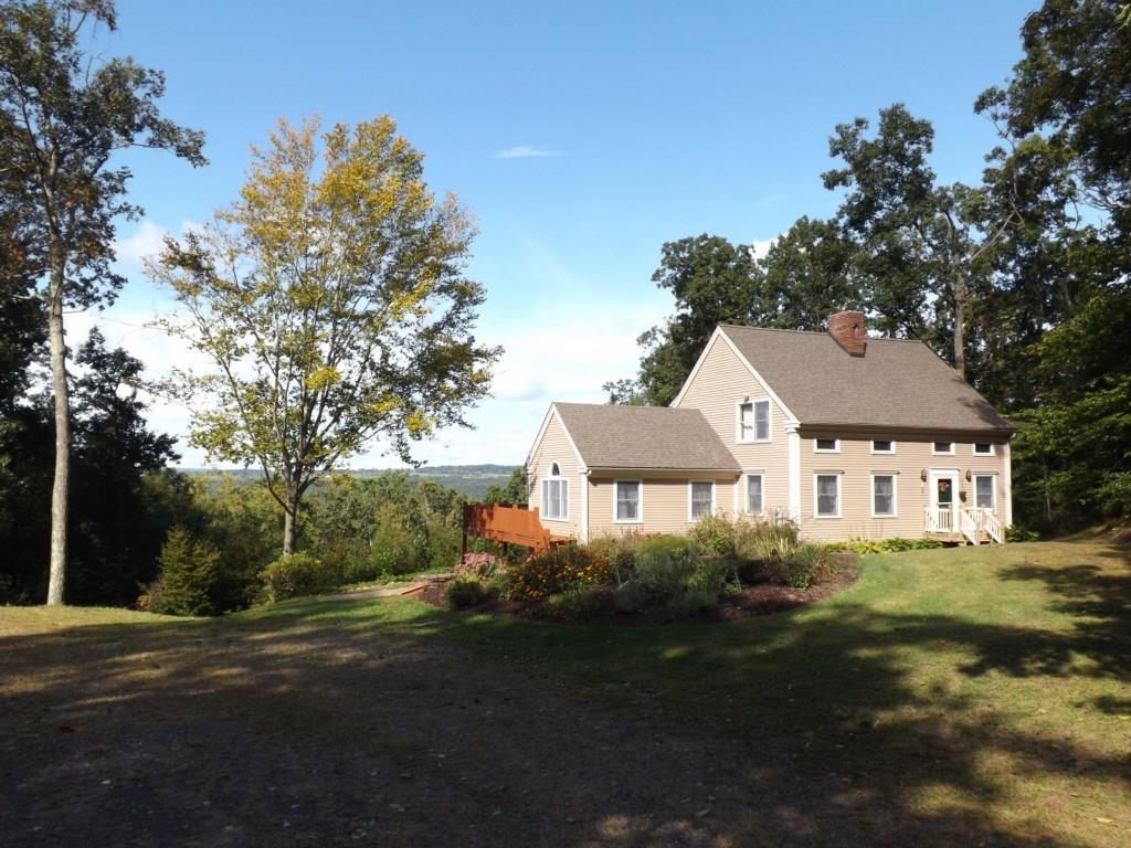 Photo of 135 Flag Swamp Road  Roxbury  CT