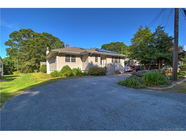 Photo of 102 Flanders Rd  Stonington  CT