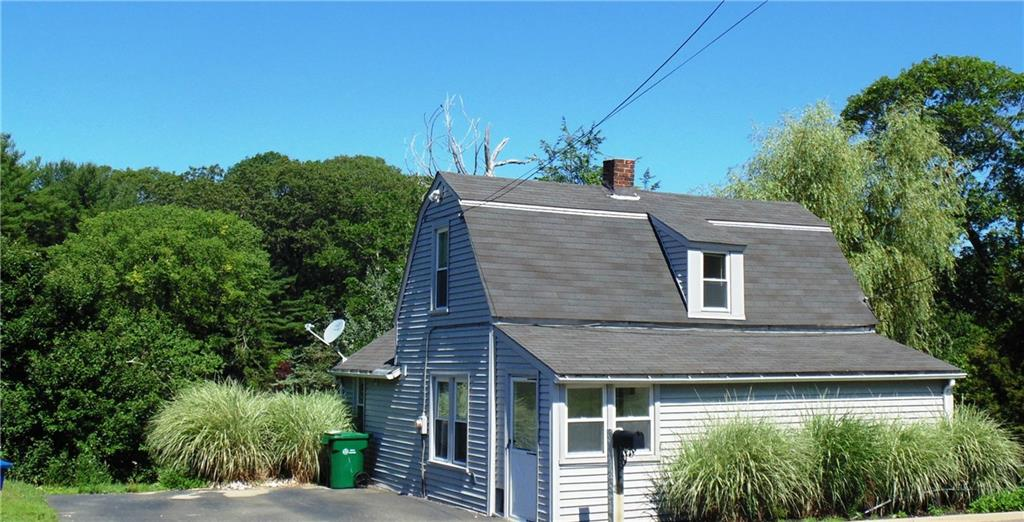 Photo of 270 Niantic River Road  Waterford  CT
