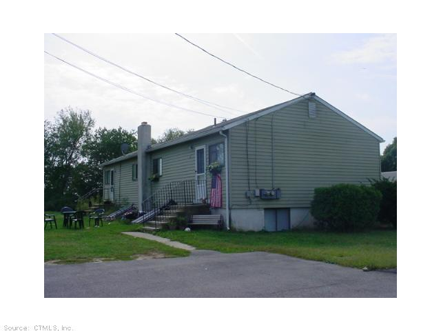 17-19 Quincy Ct, Groton, CT 06340