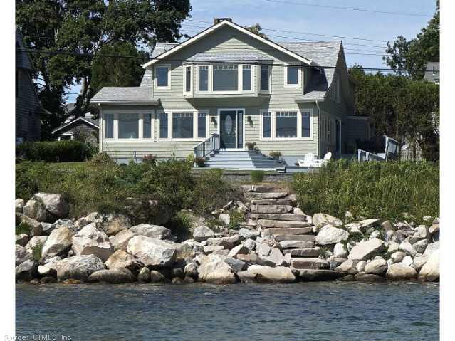 82 E Shore Ave, Groton, CT 06340