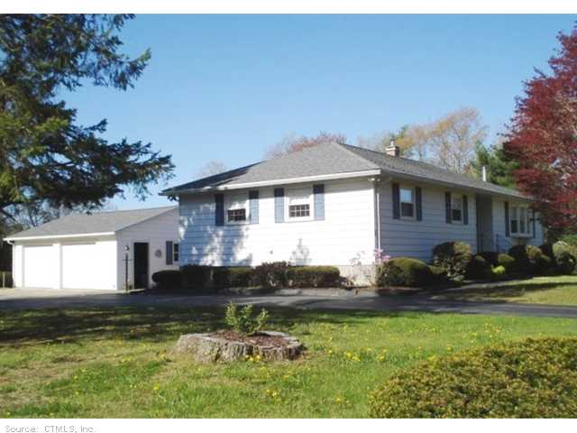3 Wilson Rd, Voluntown, CT 06384