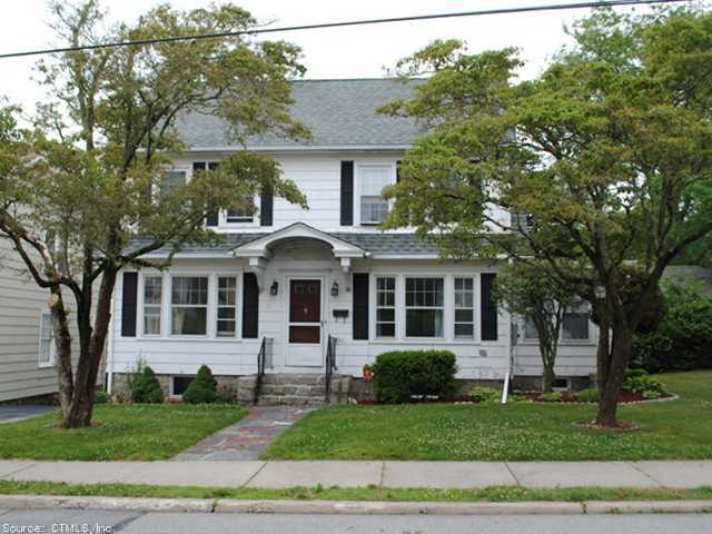 Rental Homes for Rent, ListingId:23970113, location: 11 WOODLAWN RD New London 06320