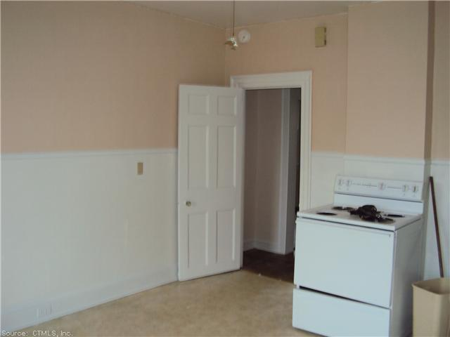 Rental Homes for Rent, ListingId:23271712, location: 238 CENTRAL AVE Norwich 06360