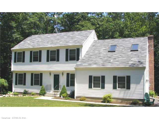 15 Osprey Rd, Gales Ferry, CT 06335