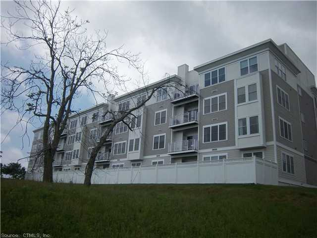 400 Bank St # 405, New London, CT 06320