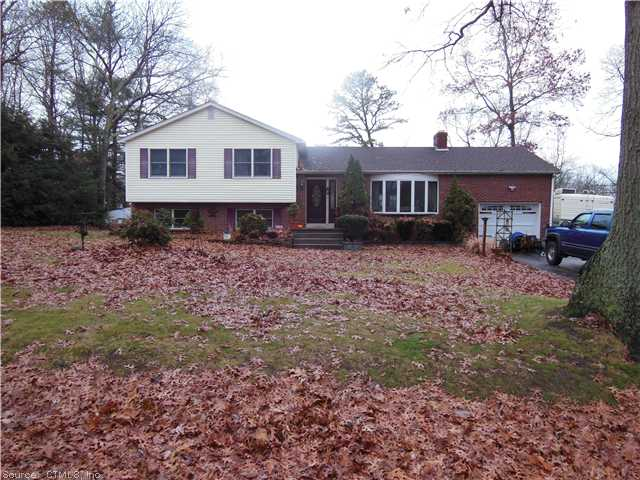 Real Estate for Sale, ListingId: 26071392, Danielson, CT  06239