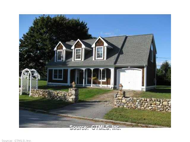 Rental Homes for Rent, ListingId:26121996, location: 12 NIANTIC RIVER RD Waterford 06385