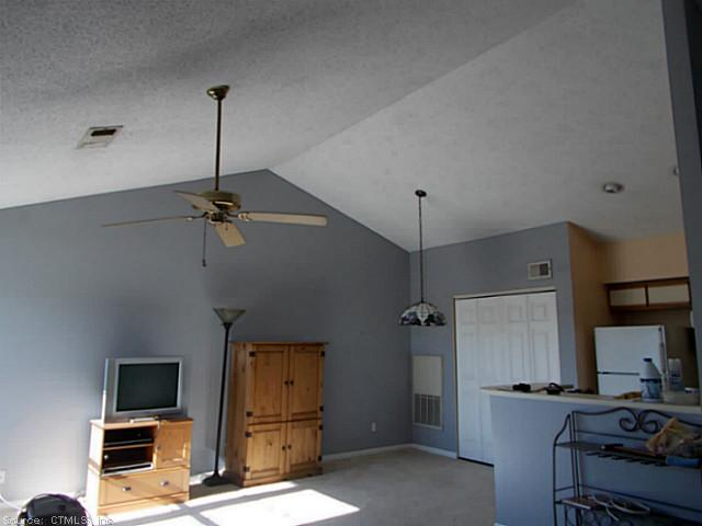 Rental Homes for Rent, ListingId:26662938, location: 132 NORTH STREET Groton 06340