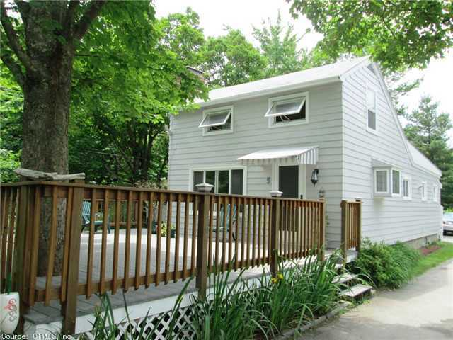 3R W Strand Rd, Waterford, CT 06385