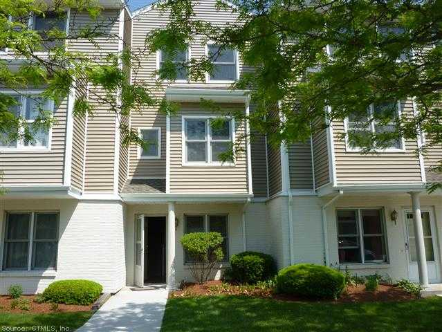 Rental Homes for Rent, ListingId:28592686, location: 77 COBBLESTONE DR Groton 06340