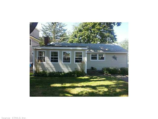 Rental Homes for Rent, ListingId:29483288, location: 39 ATTAWANHOOD TRAIL Old Saybrook 06475