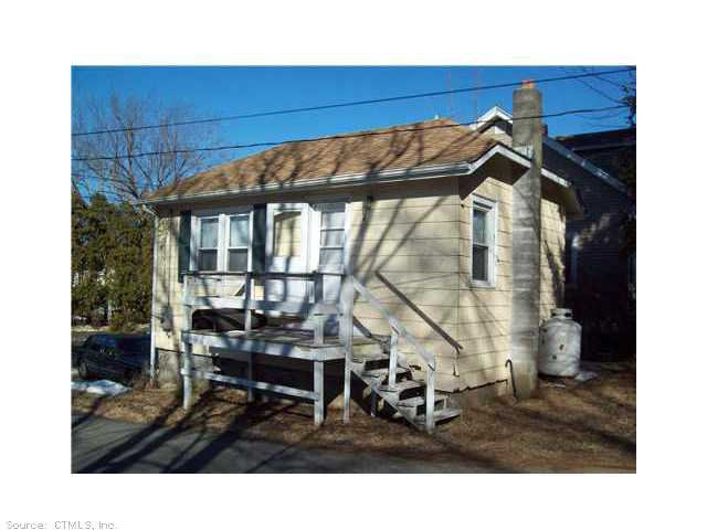 Rental Homes for Rent, ListingId:29907203, location: 8 VIVIAN ST Waterford 06385
