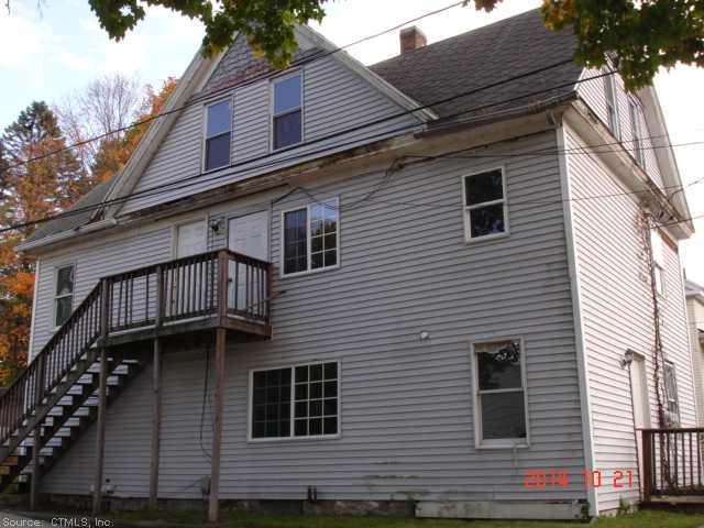 39 Green St, Putnam, CT 06260