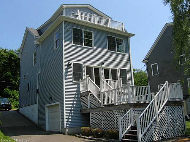 Rental Homes for Rent, ListingId:30643572, location: 256 Shore Rd Waterford 06385