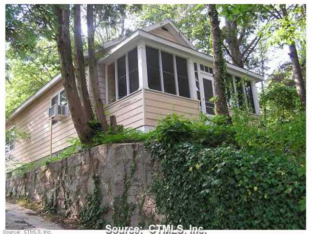 Rental Homes for Rent, ListingId:30657603, location: 524 Mohegan Avenue Pkwy Waterford 06385