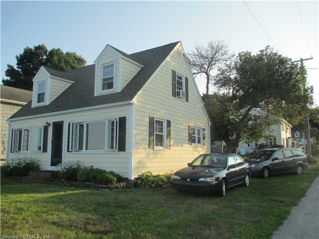 43 Attawan Ave, Niantic, CT 06357