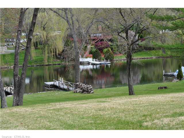 Rental Homes for Rent, ListingId:22889296, location: 42 LAKE SHORE DR Brookfield 06804