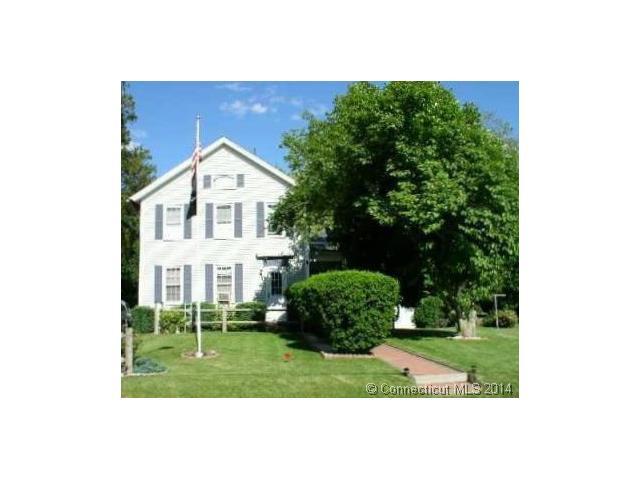 14 Pleasant St, Cromwell, CT 06416
