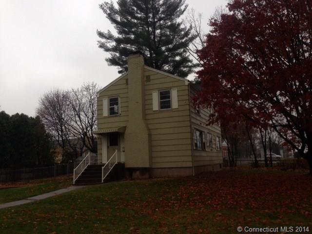 5 Brentmoor Rd, East Hartford, CT 06118