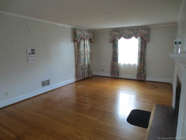 Rental Homes for Rent, ListingId:31013430, location: 563 Bloomfield Ave Bloomfield 06002