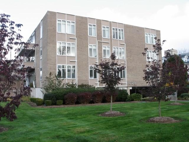 Real Estate for Sale, ListingId: 31144596, W Hartford,CT06107