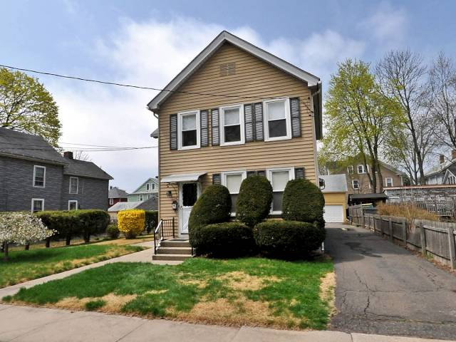 Rental Homes for Rent, ListingId:31189526, location: 25 A Russell St Enfield 06082