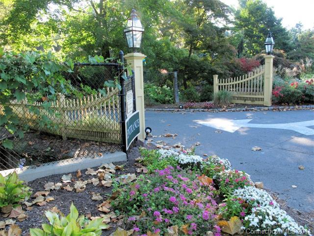 Real Estate for Sale, ListingId: 31144908, W Hartford,CT06117