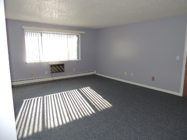 Rental Homes for Rent, ListingId:31873313, location: 213 High Path Rd Windsor 06095