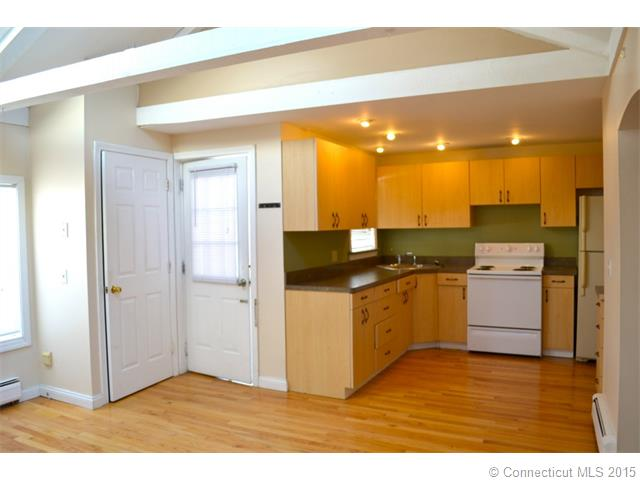 Rental Homes for Rent, ListingId:31887593, location: 179 Main St Somers 06071