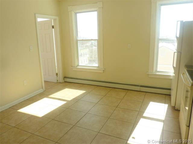 Rental Homes for Rent, ListingId:32034478, location: 28 Sexton Street 3-N New Britain 06051