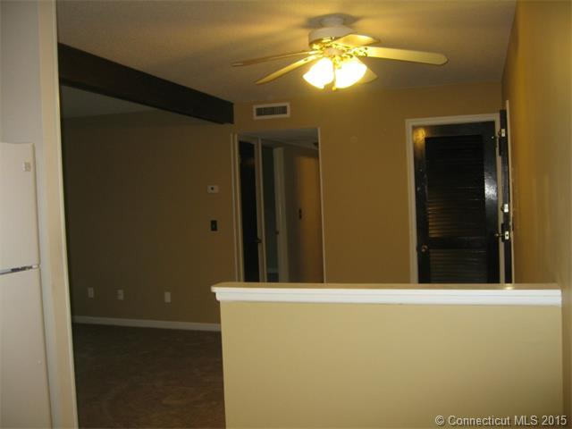 Rental Homes for Rent, ListingId:32399817, location: 1274 Main St Meriden 06450
