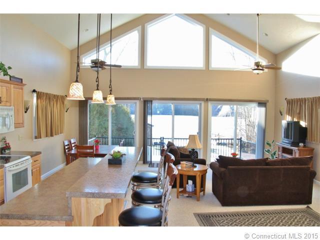 Real Estate for Sale, ListingId: 32744970, Lebanon,CT06249