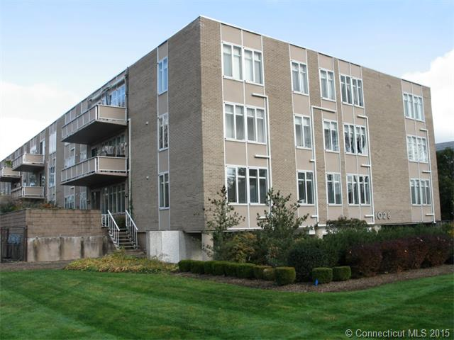 Real Estate for Sale, ListingId: 32798056, W Hartford,CT06107