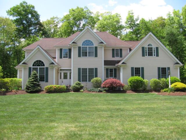 Real Estate for Sale, ListingId: 33493816, Tolland,CT06084