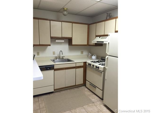 Rental Homes for Rent, ListingId:34298726, location: 242 Main St New Britain 06051