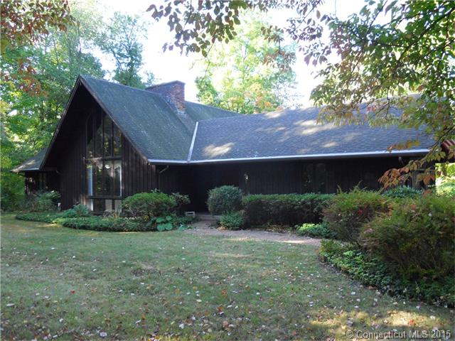 1492 Flanders Rd, Southington, CT 06489