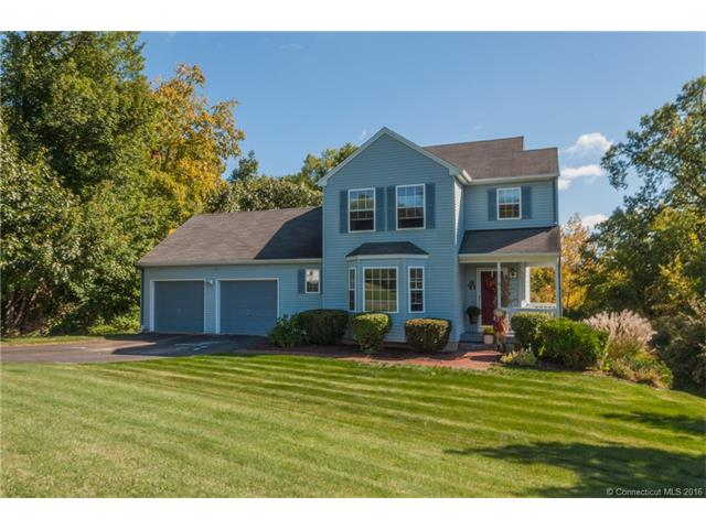31 Spice Bush Ln, Bloomfield, CT 06002