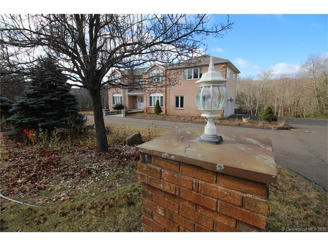 26 Thronebrook Rd, West Granby, CT 06090