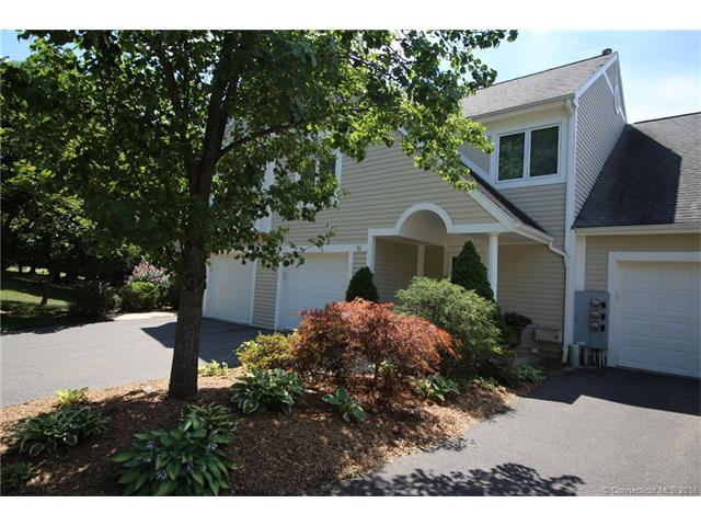 16 Madison Ln, Avon, CT 06001