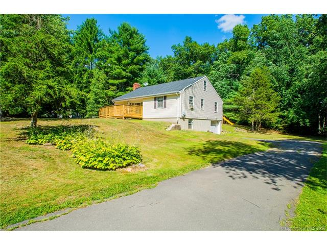 9 Wolcott Dr, Granby, CT 06035